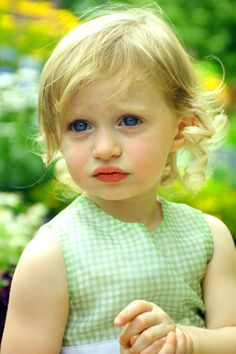 can my child pleeease have eyes this color?! #thankyouu