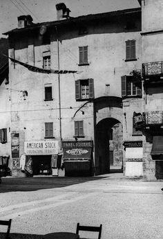 Shops in the Bell Tower - Archivio Masciadri