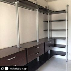 #Repost @maiadesign.sp with @repostapp ・・・ #homesystem #closet #escritorio #interiores