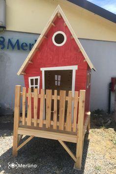 Casetta in legno da esterno. Adatta a bambini di età compresa tra 3 e 6 anni. Realizzabile su misura e con colori personalizzabili. 3, Outdoor Decor, House, Design, Home Decor, Sanitary Napkin, Decoration Home, Home, Room Decor