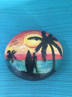 Pebble Painting, Pebble Art, Stone Painting, Painted River Rocks, Painted Rocks Kids, Painted Stones, Rock Painting Ideas Easy, Rock Painting Designs, Silhouette Painting