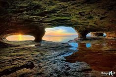 John McCormick of Michigan Nut Photography has done it again with a beautiful photo that captures some Lake Superior Caves at sunset. It was taken at 5-Mile Point in the Upper Peninsula last month.