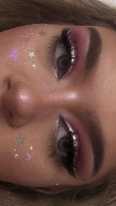 Discover new facets of beauty with Ecol Make-up courses! You get … – Aesthetic makeup – Discover new facets of beauty with Ecol Make-up courses! You get … – Aesthetic makeup – Colorful Eye Makeup, Pink Makeup, Glitter Makeup, Cute Makeup, Eyeshadow Makeup, Contour Makeup, Gorgeous Makeup, Edgy Makeup, Blue Dress Makeup
