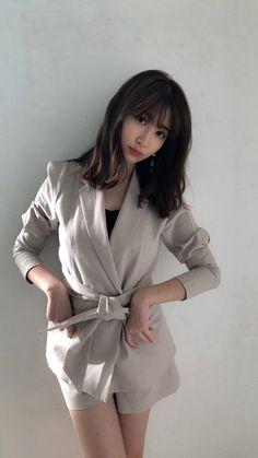 Pin on 名人 Oil Free Eyeliner, Best Eyeliner, Makeup Inspiration, Style Inspiration, Haruna Kojima, Asia Girl, Girl Fashion, Womens Fashion, Japanese Beauty