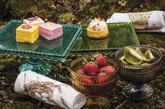 Decadent Dishware for the Perfect Outdoor Pittsburgh Picnic - Pittsburgh Magazine - June 2015 - Pittsburgh, PA #Pittsburgh #Style #Home #Decorating