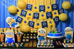 30 Best Of Minion Party Decoration Ideas . Minions First Birthday Centerpiece Balloons Minion Party Decorations, Minion Party Theme, Despicable Me Party, Minion Birthday, Birthday Decorations, Decoration Party, First Birthday Centerpieces, Fete Emma, 2nd Birthday Parties