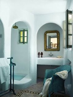 #earthbag #house in shades of #blue. Nice color choices for our #molds: Risingbarn.com. #clay #organic #interior #bathroom