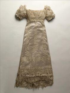 Princesse d'Essling's wedding gown | France | 1823 | silk, lace | Palais Galliera, musée de la Mode de la Ville de Paris | Museum #: GAL1947.4.1