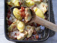 Gnocchi alla romana - mit Artischocken und Tomaten gebacken - smarter - Kalorien: 339 Kcal - Zeit: 55 Min. | eatsmarter.de Artischocken und Tomaten ergänzen die Gnocchi.