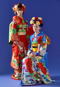 beautiful kimonos and floral hair arrangements
