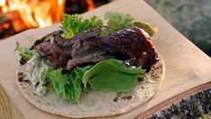 Andreas Myhrvold fra Gastronomisk Institutt lager mat på bål. Steak, Beef, Dessert, Food, Meat, Desserts, Deserts, Meals, Ox