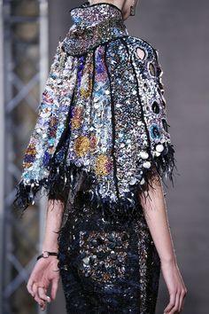 sidonia-mercioniu:  Fred Sathal Haute Couture   Haute Couture blog :)
