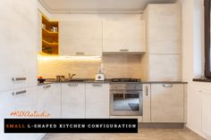 #Lshapedkitchen #Lshapedconfiguration  #smallkitchendesign #modernkitchen #smallkitchen #kitchendesign #warmtones #kitchenfurniture #kitchenideas  #KUXAstudio #KUXA #KUXAkitchen #bucatariemoderna #bucatariemica
