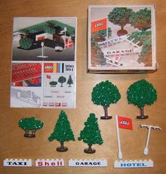 Plastic LEGO model cars: Granulated trees Modelnumber Modelnumber 990 Description/Print: Modelvariations: see below! Produced from / to: Lego Autos, Lego System, Vintage Lego, Lego Models, Lego Instructions, Retro Toys, Antique Toys, Box Art, Childhood Memories
