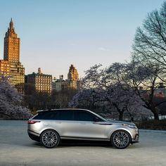 Range Rover Velar in New York Range Rover Sport, Range Rover Evoque, Range Rovers, Land Rover Auto, Jaguar Land Rover, Best Luxury Cars, Luxury Suv, Ranger, Dream City