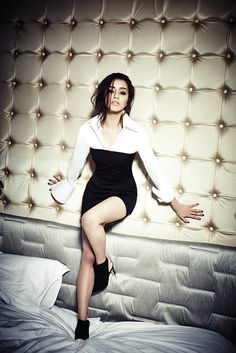 Shraddha Kapoor cutest Bollywood insane beauty face unseen latest hot sexy images of her body show and navel pics with big cleavage and biki. Shraddha Kapoor Bikini, Shraddha Kapoor Cute, Bollywood Actors, Bollywood Celebrities, Bollywood Fashion, Hottest Pic, Hottest Photos, Sraddha Kapoor, Girl Photo Shoots