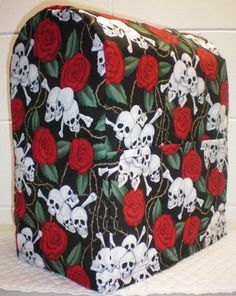 Skulls & Roses Cover for 4.5, 5, 6qt Kitchenaid Professional Series Lift Bowl Stand Mixer w/2 Pockets