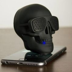 The good looking mobile speaker, definitely. AeroSkull Portable Bluetooth Speaker Dock is not just awesome looking, but it is also the loudest, with Skull Decor, Skull Art, Smartphone, Tech Gadgets, Cool Gadgets, Mobile Speaker, Crane, 3d Prints, Pipe Lamp