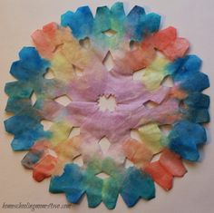 Super simple and beautiful Water Colour Coffee Filter Snowflake #craft. Perfect kids craft for #winter! | Homeschooling Mom 4 Two