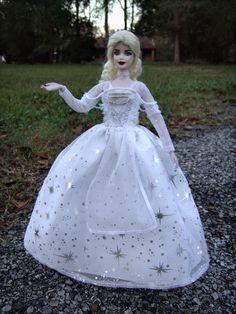 Toddler Dolls, White Queen, Inspirational Celebrities, Doll Repaint, Custom Dolls, Alice In Wonderland, Barbie Dolls, Fairies, Costumes