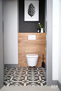 Small Toilet Design, Small Toilet Room, Bathroom Design Small, Bathroom Interior Design, Small Wc Ideas Downstairs Loo, Downstairs Toilet, Toilette Design, Wc Design, Beautiful Bathrooms