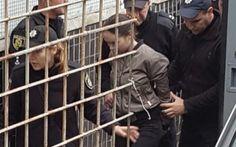 Адвокати Олени Зайцевої, яка вчинила жахливу аварію у Харкові і яку заарештували на два місяці, можуть оскаржити рішення суду протягом тижня. Як розповів адвокат Іван Ліберман, адвокати Зайцевої при перегляді запобіжного заходу будуть домагатися переведення п�