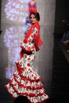 Fotografías Moda Flamenca - Simof 2014 - Mari Carmen Cruz 'Y... Sevilla' Simof 2014 - Foto 05