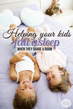 Do you struggle to get your kids to fall asleep in the same room? When space is tight, sometimes sharing a room is a must, but it doesn't have to be the end of quiet nights in your home. Yes, you can get your kids to fall asleep minus even when they s Parenting Advice, Kids And Parenting, Foster Parenting, Parenting Quotes, My Little Kids, Stay In Bed, How Do I Get, Raising Kids, My Children