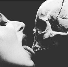 Dark Love, Horror Art, Artwork, Work Of Art, Auguste Rodin Artwork, Artworks, Illustrators