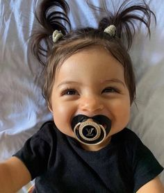 Cute baby pictures girl beautiful New ideas Cute Little Baby, Cute Baby Girl, Little Babies, Baby Love, Baby Kids, Baby Baby, Cute Mixed Babies, Cute Babies, Foto Baby