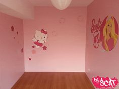 Fresque Hello Kitty et Barbie              Fresque Barbie Hello KittyFresque Barbie et hello Kitty pour une petite fille  Lieux: Thionville (57100)  Technique: Aerographe, Pinceaux, Bombes de peinture  Temps: