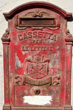 antica cassetta per la posta