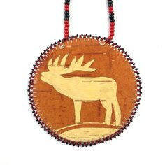 Wear it or frame it. This large medallion necklace was made by Natasha Eagleman (Turtle Mountain Chippewa) and features natural birch bark. Birch Bark Baskets, Birch Bark Crafts, Wooden Projects, Native American Fashion, Beading Patterns, Beadwork, Beaded Earrings, Moose, Traditional