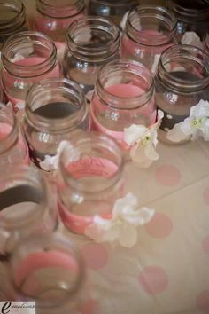 Pretty mason jar drinks - added flowers to make them a little more elegant