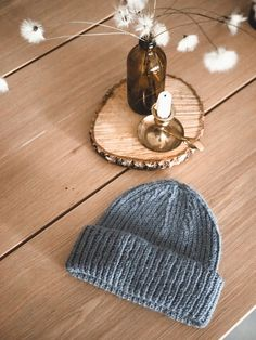 Crochet Accessories, Diy Projects To Try, Drops Design, Knitted Hats, Knit Crochet, Winter Hats, Sewing, Knitting, How To Make