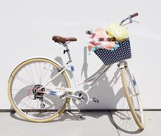 Cycle Chic, Florida Living, Summer Essentials, Cycling, Toms, Bicycle, Photo And Video, Beach House, Public