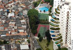 Extremes of wealth and poverty in São Paulo, as is often cited by ...