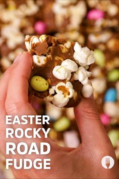 That's right, we'll show you how to combine the delicious sweet snacks of rocky road with a classic fudge recipe for an iconic combination ✨ Our special ingredient shows how you can turn the crunchiest popcorn snack into an easy snack idea. 🍿 Classic Fudge Recipe, Rocky Road Fudge, Popcorn Snacks, Chocolate Squares, Mini Apple, Party Treats, Fudge Recipes, Easy Snacks, Foodies