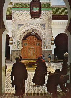 """""""Maroc enchanté"""", de François Garrigue, collection Le monde en images"""", Ed. Arthaud, 1964."""