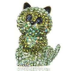 I should have just given my roommate some cat jewelry! Cat Jewelry, Animal Jewelry, Jewelry Art, Antique Jewelry, Vintage Jewelry, Vintage Rhinestone, Vintage Brooches, Butler & Wilson, Gatos