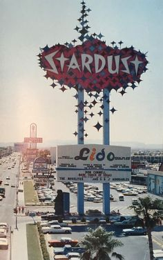 Stardust casino las vegas c 1973 Las Vegas Buffet, Vegas Lights, Old Vegas, Vintage Neon Signs, Ad Art, Las Vegas Nevada, Googie, Display Design, Casino Theme