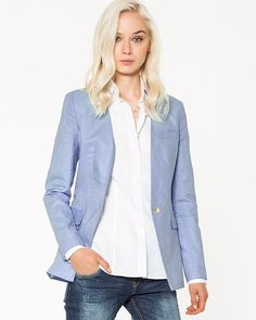 Discover made-to-measure fashion for women. Personalise your female suits, shirts, jackets and skirts at the best price. Blazers For Women, Suits For Women, Women Wear, Women Blazer, Perfect Wardrobe, Elegant Woman, Custom Clothes, Shirt Dress, Female