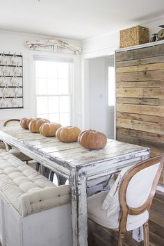 Hurricane Florence   And A Farmhouse Kitchen/Dining Room Decorated With  Orange Pumpkins For Fall/Autumn
