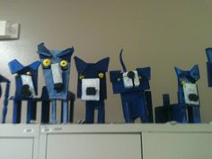 Blue dog project done with wood.  I think that I could use cardboard with similar results...5th grade