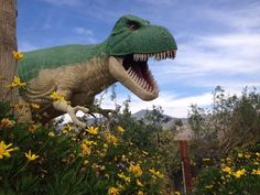Cabazon Dinosaurs - Samantha Brown - Family Travel US Destinations Us Travel, Family Travel, Cabazon Dinosaurs, Us Destinations, Family Weekend, Weekend Getaways, Palm Springs, Places To Go, Prehistoric