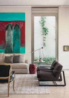 Casa ganha alma de galeria particular