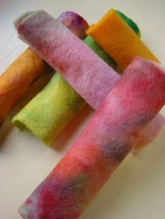 Dyeing wool felt with kool-aid