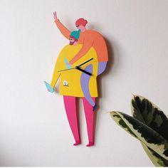 Custom Portrait Clock / Wall Hanging di avmhandmade su Etsy