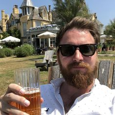 @thepig_hotel on the beach  enjoying a lovely cold crisp cider  #pig #beach #cider #fridayoff #relax
