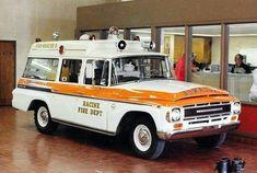 Cool Trucks, Fire Trucks, John Law, Lights And Sirens, Medium Duty Trucks, Cool Vans, Fire Apparatus, Emergency Vehicles, Fire Dept
